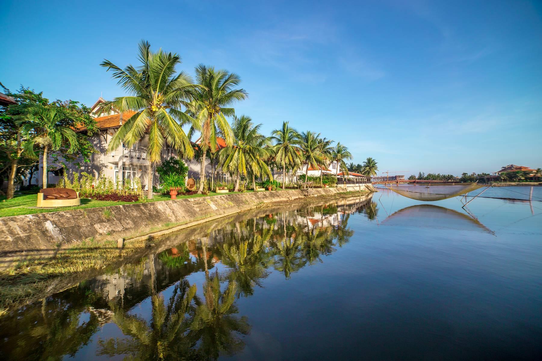 EDe Vong river